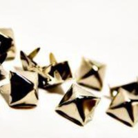 ROCKWORLDEAST - Studs, Pyramid Studs, Standard 1/2&quot;