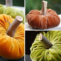 VELVET PUMPKINS  They are all the rage  Make your by nancydeliz
