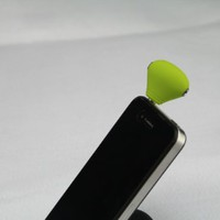 Green Anti dust Ear Cap 3.5mm Plug with Two 3.5mm Jack Sockets Stereo Adaptor For iPhone 3G 3Gs 4G