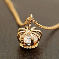 Fashion Crown Zircon Clavicle Chain Necklace from http://www.looback.com/