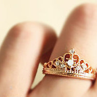 Fashion pearl / rhinestone crown ring)