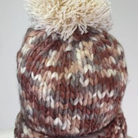 Pom Beanie Brown | Late Manta