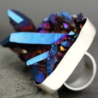 Titanium Aura Quartz Crystal RingLarge Size by Specimental on Etsy