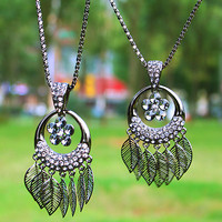 Vintage Hollow-out Leaf Rhinestone Flower Pendant Necklace at Online Fashion Jewelry Store Gofavor