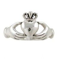 Amazon.com: Irish Friendship &amp; Love Claddagh Band Ring in Sterling Silver, Size 7, #2601: Taos Trading Jewelry: Jewelry