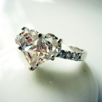 Nostalgic Large Heart CZ Silver Ring R18