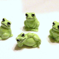 Vintage Frog Family Miniature Figurines1960s Bone China  Shiken Japan 4 Piece Set