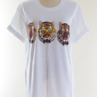 Family Tiger Glasses T-Shirt -- Tiger T-Shirt Tiger Shirt Animal Shirt White T-Shirt Women T-Shirt Unisex T-Shirt Men T-Shirt Size L
