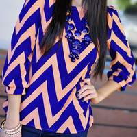 Living The Dream Chevron Top: Peach | Hope's