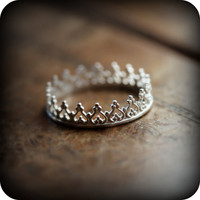 Crown ring 01 - sterling silver ring (As seen on Regretsy, haha)