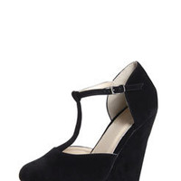 Holly Black T Bar Extreme Wedges