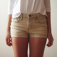 MEINTY | Lei Khaki Mid-Rise Shorts