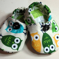 Baby Crib Shoes Boys Owls Green Yel.. on Luulla