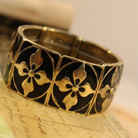 Vintage Style Black Clover Stretchy Wide Bangle Bracelet wholesale