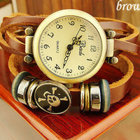 New punk style bronze Vintage leather  skull watches