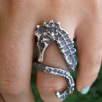 sea horse ring (compact fit)