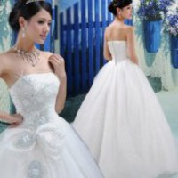 Embellished Off-Shoulder Wedding Dress White - picture