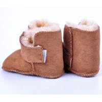 ugg 5202 chestnut infant erin boots Outlet UK