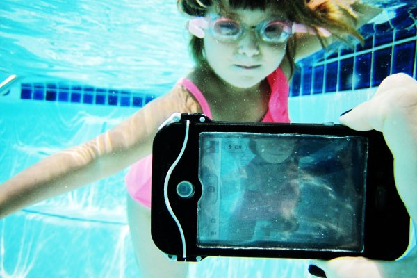 The iPhone Scuba Suit (a.k.a. The driSuit Endurance) - The Photojojo Store!