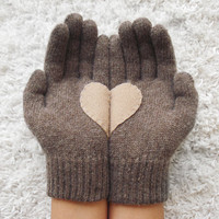 Heart Gloves, Dark Beige Gloves with Beige Felt Heart