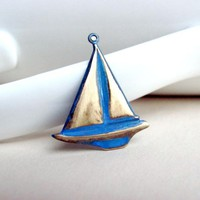 Nautical Sailboat Pendant, Brass Ch.. on Luulla