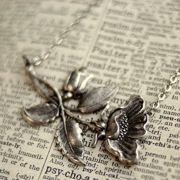 Victorian Rose Necklace by ragtrader on Etsy