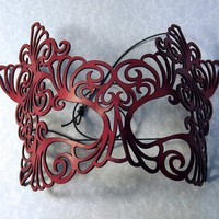 "Masquerade mask in red leather ""Rococo"""