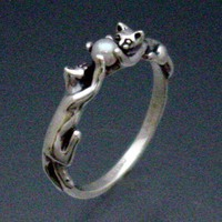 Two Cats Ring with Pearl by SheppardHillDesigns on Etsy