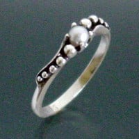 Peapod Sweep Ring with Pearl by SheppardHillDesigns on Etsy