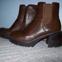 Brown Chunky Platform Boots in Womens Size 9