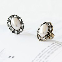 Vintage Adjustable Elegant White Pearl Ring at Online Cheap Vintage Jewelry Store Gofavor