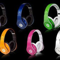 Beats by Dr. Dre Headphones ? Limited Edition Holiday Colors | materialicious