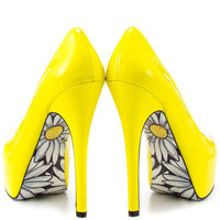 TaylorSays: Smiles Heels Yellow, at 28% off!