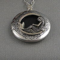 Steampunk Antique Silver Mermaid LocketGoddess by ManoCelebrates