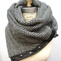 Herringbone Chunky wool circular infinity scarf by RunSystem63