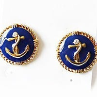 Fashion Anchor Circular Stud Earrings from http://www.looback.com/