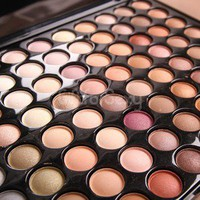 New Pro 88 Color Hot Sale Eye Shadow Fashion Eyeshadow Makeup Palette