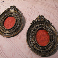 Ornate Italian Oval Picture Frames Orig Box by GiltyGirlVintage