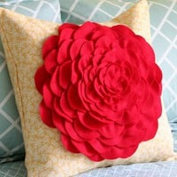Cluck Cluck Sew: Petal Pillow Tutorial