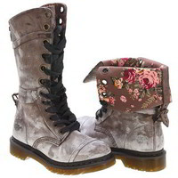 Dr. Martens Women&#x27;s Dr Martens Triumph 1914 Lace-Up Boot | Infinity Shoes