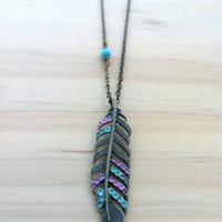 Color Streaked Feather Necklace - Teal and Pink