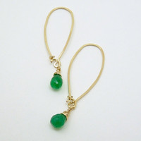 Emerald green earrings- green onyx earrings - 14k gold filled - artisan jewelry - emerald earrings