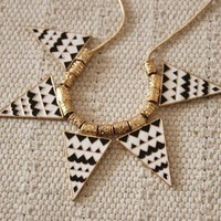 Geometric Triangle Chain Necklace