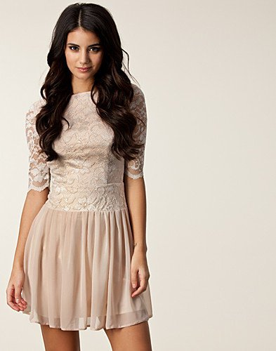 Lace Sleeve V-back Dress, Elise Ryan