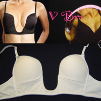 The V Bra -Great Glam is the web's top online shop for trendy clubbin styles, fashionable party dress and bar wear, super hot clubbing clothing, stylish going out shirt, partying clothes, super cute and sexy club fashions, halter and tube to