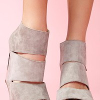 Coraline Platform Wedge - Gray