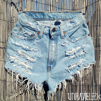 Levis Cut Off Denim Shorts (XSMALL)