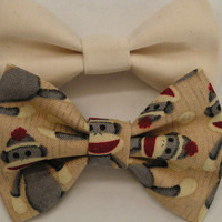 Ivory and gray sock monkey fabric bow clips, bobby pins for kids, baby bows, Bow clips, small fabric hair bows