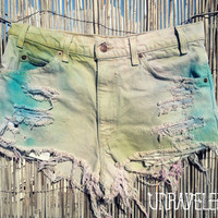 Tie Dyed Levis Denim Shorts MEDIUM by UnraveledClothing on Etsy