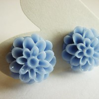 Violet Blue Chrysanthemum Flower Stud